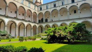 Napoli, giovane di 25 anni morto alla facoltà di Lettere e Filosofia