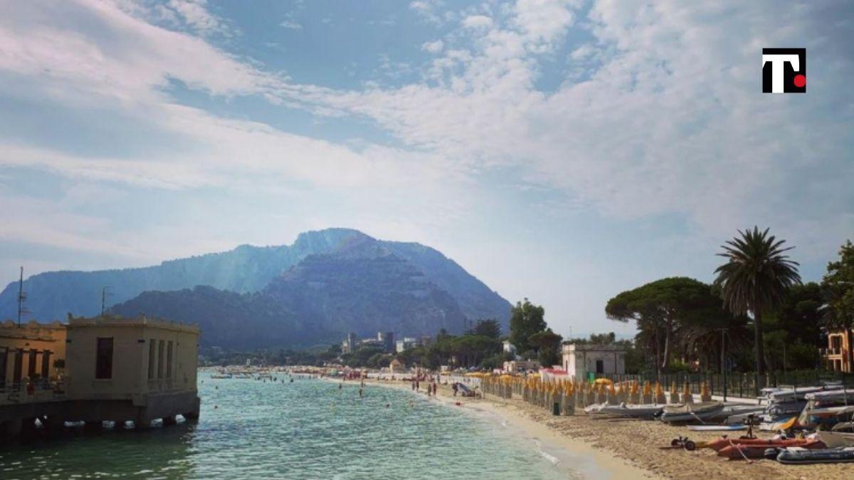 spiaggia Mondello divieto balneazione