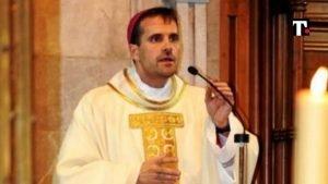 Chi è il vescovo romanzi erotici
